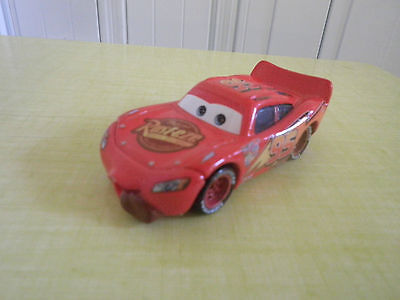 DISNEY PIXAR-CARS VOITURE FLASH avec LANGUE  FLASH McQUEEN METAL 1/55 BON ETAT !