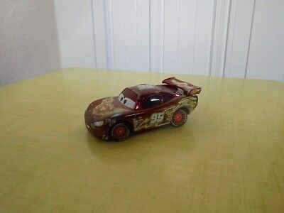 DISNEY PIXAR-CARS VOITURE FLASH  FLASH McQUEEN METAL 1/55 BON ETAT !