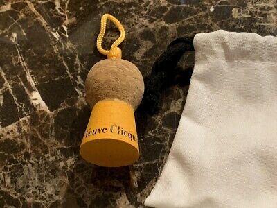 Authentic Veuve Clicquot VCP Signature CORK KEYCHAIN **Awesome** VCP