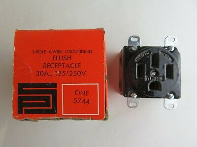 New Pass & Seymour 5744 3 Pole 4 Wire Grounding Flush Receptacle 30A 125/250V