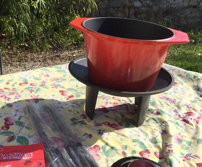 LE CREUSET Flame Red Cherry Fondue Set Cast Iron Enamelware NEW Cousances French