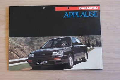 Daihatsu Applause Brochure / Prospekt