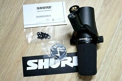 Shure SM7B Broadcast Dynamic Vocal Microphone