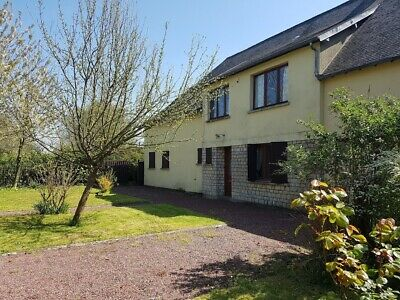 Large 4 bedroomed farmhouse with 1 hectare of land in Manche, Normandy, France