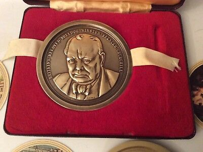 WINSTON CHURCHILL 22ct Gold on Sterling Silver Centenary Picture Medals1974
