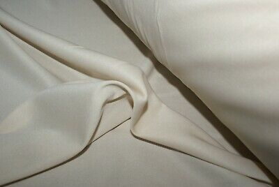 5M X 1.45M Pale Cream Knit Fabric With Give / Lining