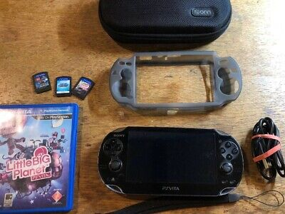 Sony PS Vita PCH-1001 New Battery! 4GB 3 Games Charging Cable Carry Case