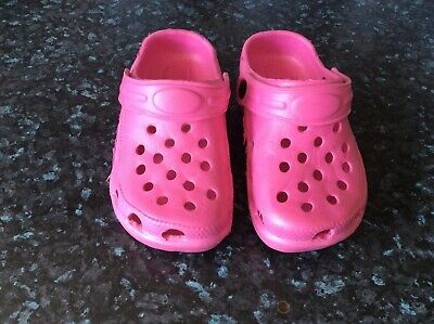 Girls Pink Croc Style Sandals Size12 Used