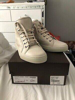 a9f1a600772 WOMEN S GUCCI ACE Sneakers Bee - New without box size IT 36  US 6.5 ...