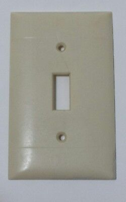 Vintage Sierra Electric Company Ivory Bakelite Switch Cover Plate