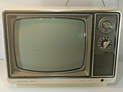 """Vintage 11.5"""" Zenith N121A Solid State Portable Retro TV Television (Working)"""