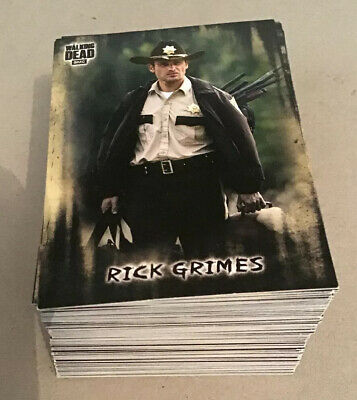 Topps Walking Dead Trading Cards Hunters And The Hunted 100 Card Base Set