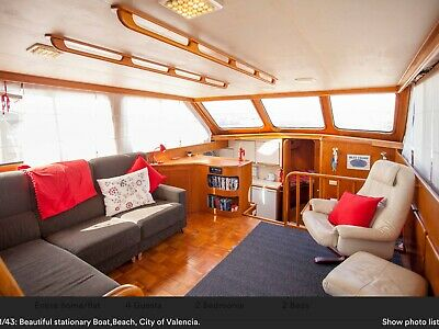 Boat/Floating apartment. Beach of Valencia, back for sale due time waster!