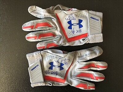 c08f8a08a Chicago Cubs Wilson Contreras Signed Game Used Batting Gloves From 2018  Season