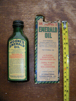 EMERALD green MOONE'S EMERALD OIL quack med Rochester N.Y. with LABELS & BOX
