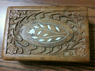 """VINTAGE HAND CARVED WOODEN BOX MADE IN INDIA 6"""" X 4"""" x 2.5"""" nice condition,INLAY"""