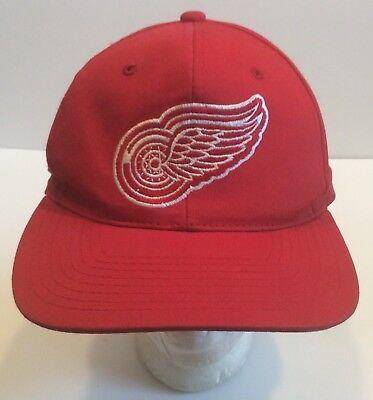 watch 2a80b e69cc Vtg Detroit Red Wings Starter Snapback Cap Hat 90s NHL Pro Hockey Stanley  Cup