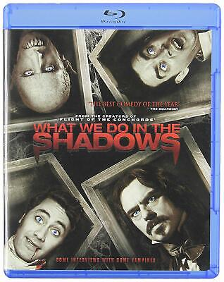 What We Do in the Shadows [Blu-ray]