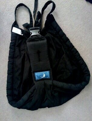 The Baba Sling (baby carrier) in Black