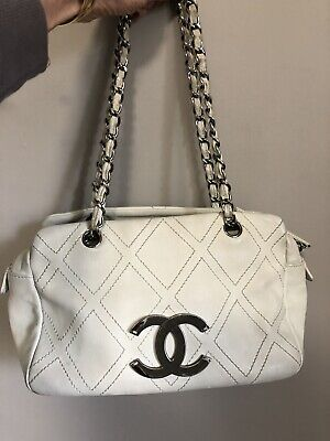 $1995 Chanel Outdoor Ligne off White Leather CC Diamond Stitch Shoulder Bag
