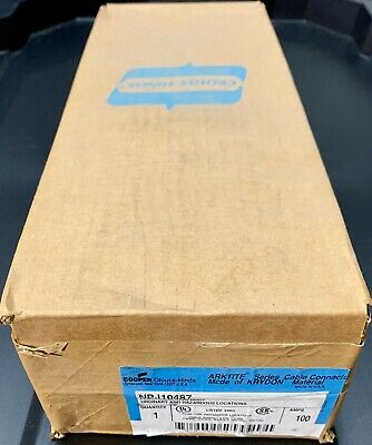 New Cooper Crouse Hinds NPJ10487  Plug Insulated Body ARKTITE WARRANTY!