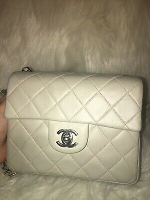7e774ad34de774 100% Auth Chanel Vintage Classic Mini Square Quilted Light Beige Lambskin  SHW
