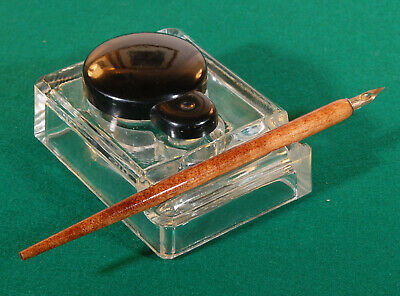 Vintage glass and Bakelite inkwell. R410109
