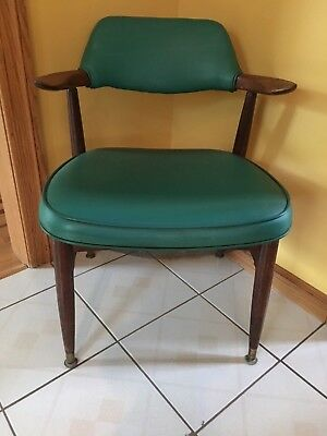 Atq/Vintage Retro Wood & Fine Green Leather ARMCHAIR Strong Solid Chair ORIGINAL