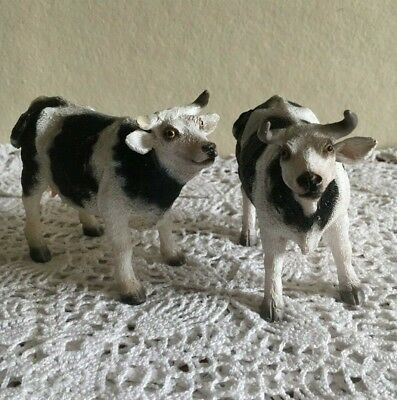 """Pair of Two Small Animal Figurines 5"""" x 4"""" White Black Cows"""