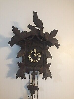 Stunning Rare Working German Black Forest Antique Quail In Nest Cuckoo Clock!