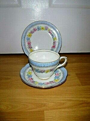 Stunning Vintage Foley Trio ~ Flowers Floral Tea Cup Saucer & Plate ~ 2941