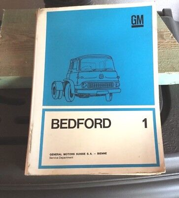 Documentation  Atelier  Camion Bedford 01/1967 165 Pages French And German