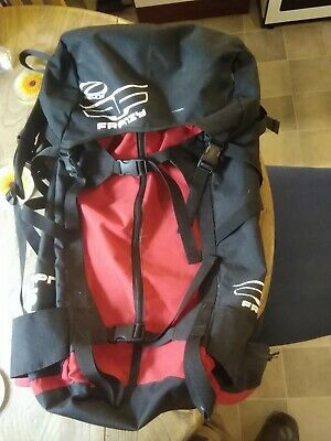 Ozone Frenzy 7.5m Rucksack Enormous, will hold a full quiver
