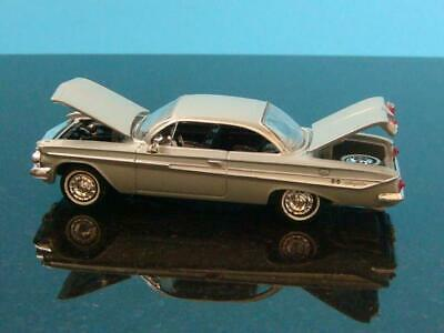 1961 61 Chevy Impala Bubble Top 409 V-8 Super Sport 1/64 Scale Limited Edition S