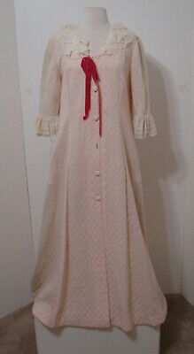 Vintage Cream Nylon Silk Lace Trim Quilted Robe F.M. Italy EDIE ADAMS 10