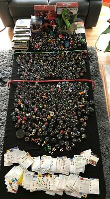 HUGE Lot Of Heroclix Wizkids Action Figure Game Mix Pieces Some cards Marvel DC