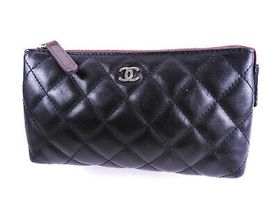 fc3b9d574cd7 Auth CHANEL CC Logo Matelasse Cosmetic Pouch Lambskin Leather Black A69259  A9600