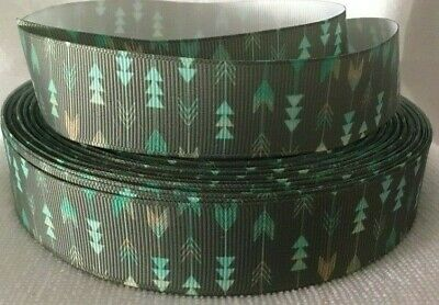 """Arrow Design Grosgrain Ribbon sold by 2m - 1"""" - 25mm wide - Craft - Dummy clips"""