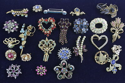 25 x Vintage & Retro Rhinestone BROOCHES inc. Kitsch, Faux Pearl, Stone Set