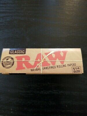 1 Packs Classic Unrefined  Raw Rolling Papers 1 1/4 Size 50 Leaves per pack!