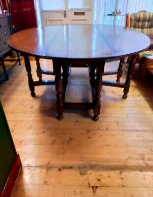 Very Large & Heavy Late 17Th Cent--Early 18Th Cent Hunt Gateleg Table