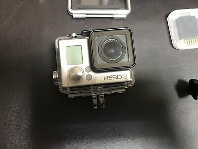 GoPro HERO3 White Edition Action Camera Wi-Fi CHDHE-301