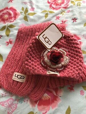 BNWT UGG Hat And Scarf Set