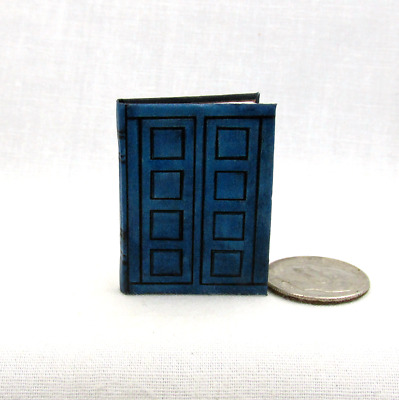 1:6 Scale TARDIS JOURNAL Illustrated Book Doctor Who Spoilers Weeping Angel