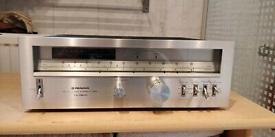 Pioneer TX-7800 AM/FM Stereo Tuner (1979-81)