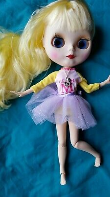 Gorgeous Blonde Matte faced factory Blythe jointed doll Brand New with hand set