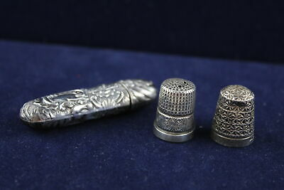 3 x Vintage Hallmarked .925 STERLING SILVER Thimbles & Needle Holder Case (15g)