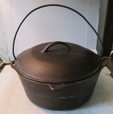 "Vintage 10-1/4"" Cast Iron #8 Dutch Oven With Self Basting Lid"