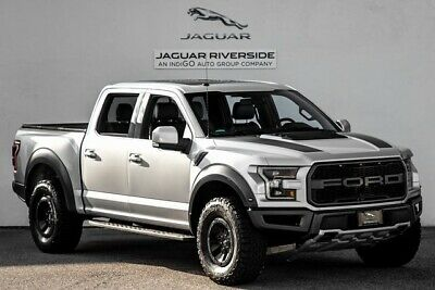 2018 Ford F-150 Raptor 2018 Ford F-150 {Trim } 10-Speed Automatic 12764 Miles Magnetic Metallic 4D Supe