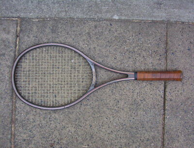 VINTAGE WIMBLEDON 88 100% GRAPHITE TENNIS RACQUET GREEN 4 1/2 w/Leather Grip